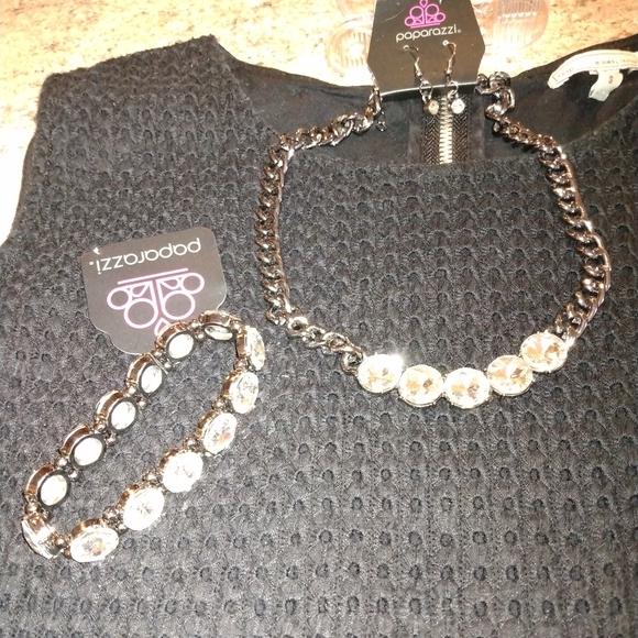 💎3/$15 BLING Necklace/earrings/bracelet set